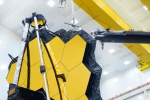 Telescópio Espacial James Webb.